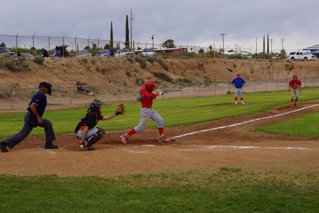 Superior_vs_San_Manuel_Baseball_2014_016