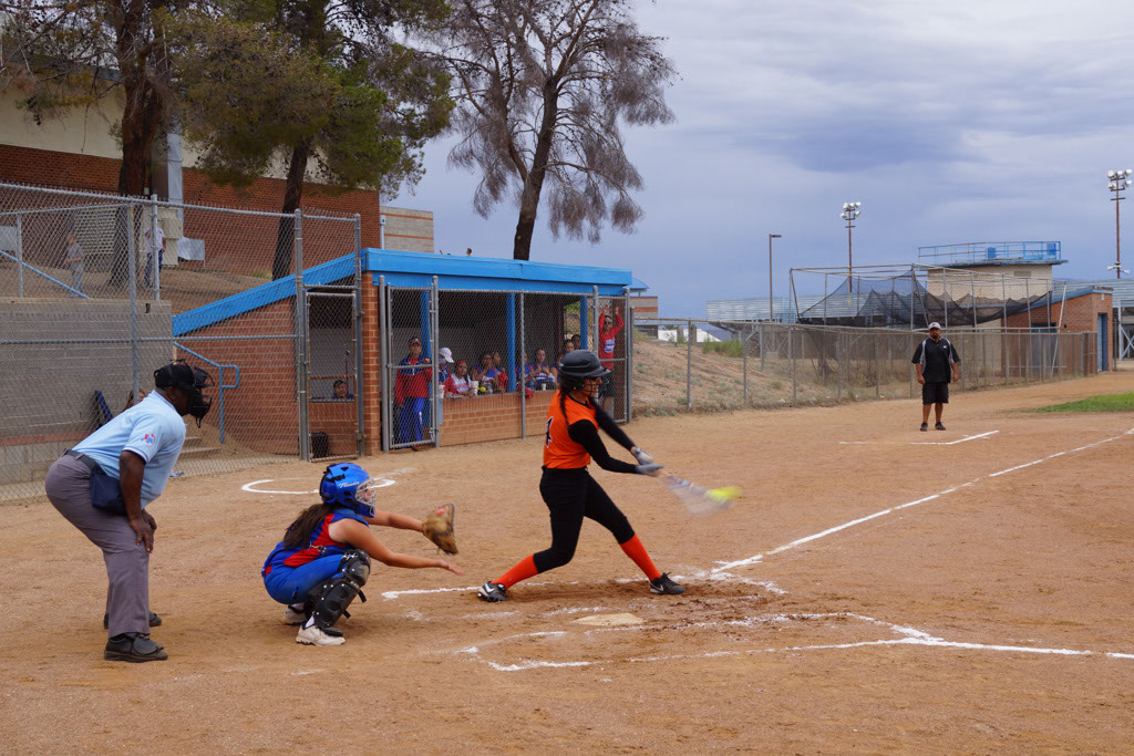 Superior_vs_San_Manuel_Softball_2014_012