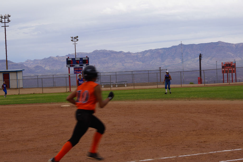 Superior_vs_San_Manuel_Softball_2014_025