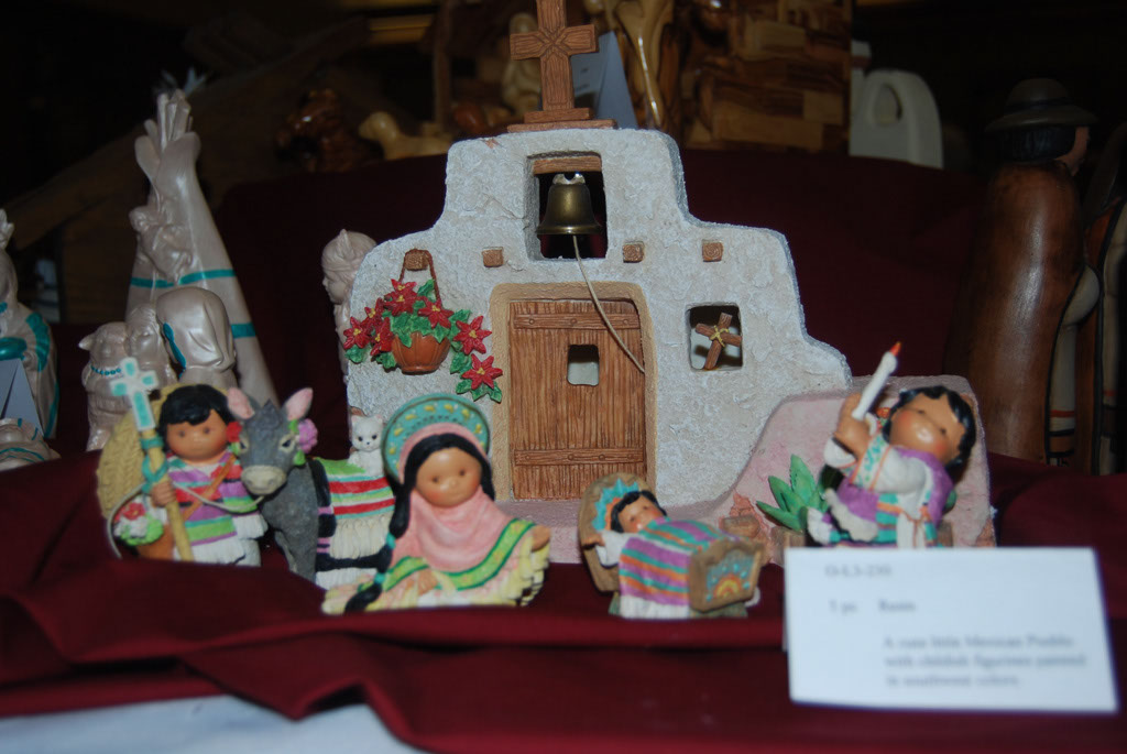 Nativity Display_025