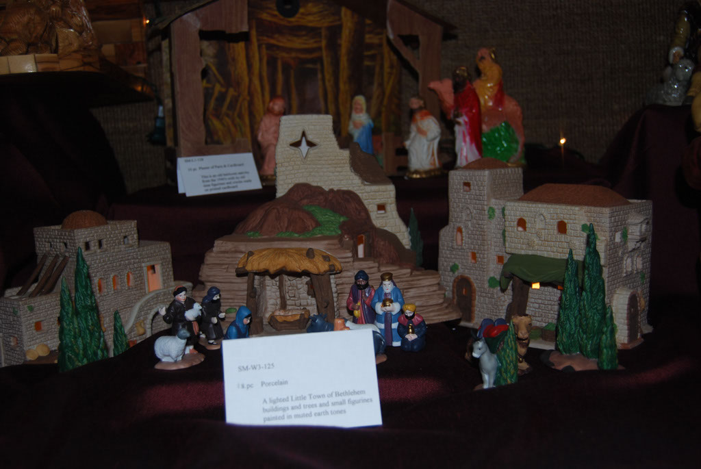 Nativity Display_087