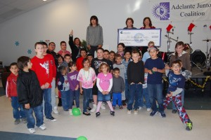 Cempatico of Arizona presents a grant to the Adelante Juntos Coalition's El Centro Youth Center (John Hernandez)